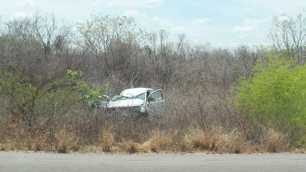 Conductor se duerme y vuelca en la carretera de Mérida-Celestún