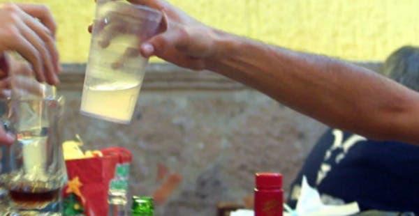 Detienen a vendedor de alcohol adulterado que mató a 7 personas en Acanceh