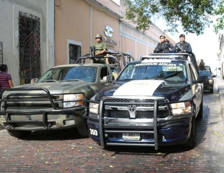 Mérida: Señor permanece por días junto al cadáver de su amigo en su vivienda