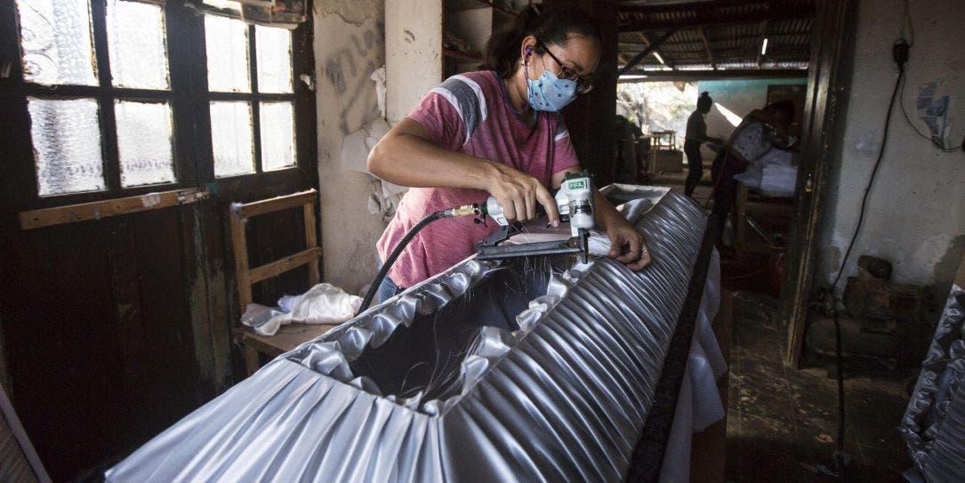 Profeco advierte a familiares sobre funerarias 'patito' en Yucatán