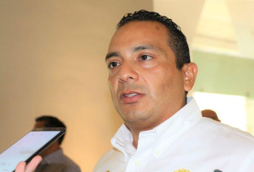 Rechaza oficial mayor de Quintana Roo descuentos a burócratas.