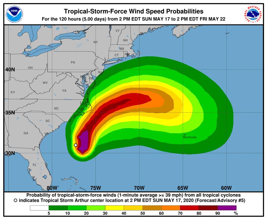 Tormenta tropical Arthur llega dos semanas antes de la temporada de huracanes