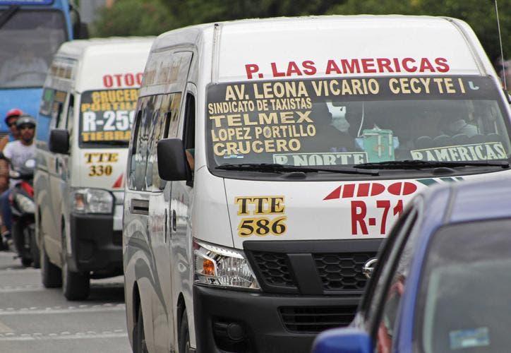 El servicio de transporte pone en jaque la reactivación turística en Cancún.