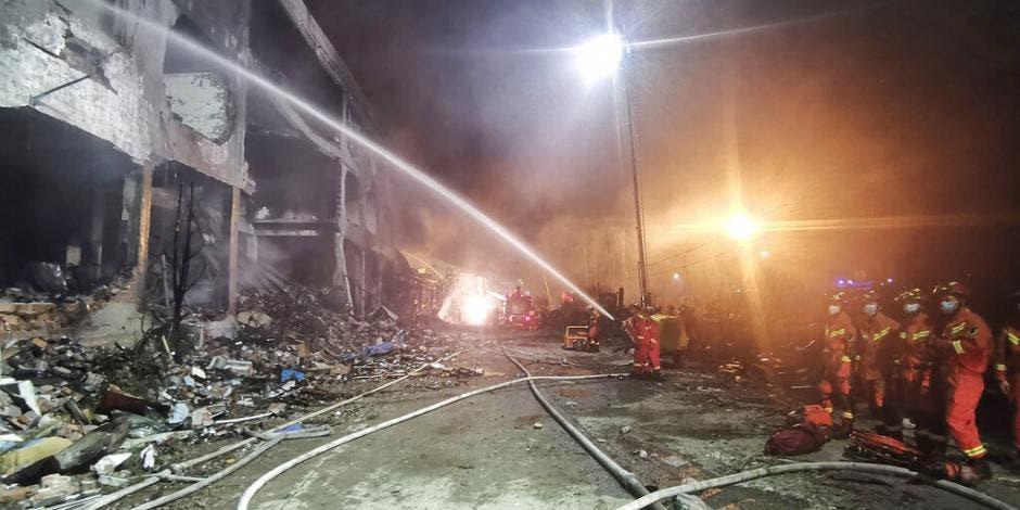 En China fallecen 19 personas por la explosión de una pipa con gas; autoridades dieron a conocer que suman 170 los heridos en Wenling.