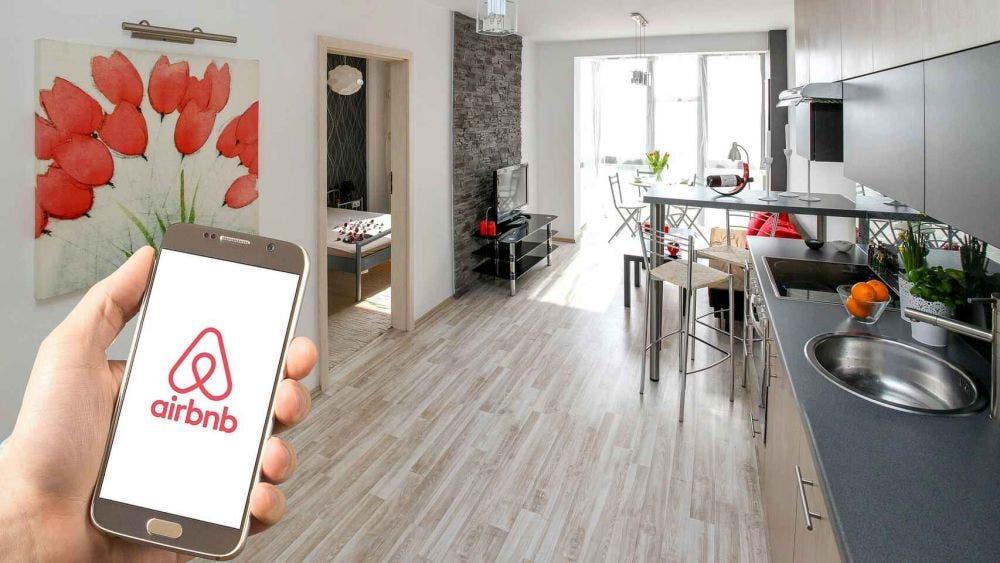El futuro es turismo interno: Airbnb