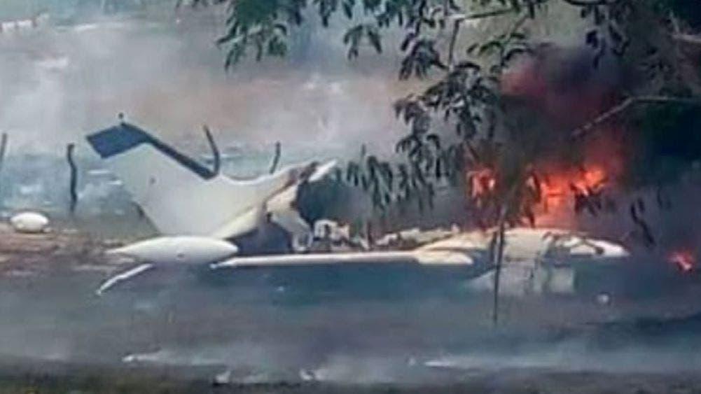 Se desploma avioneta y deja seis muertos; entre ellos tres menores de edad