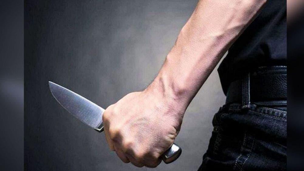 Mata a su esposa a puñalada; FGE indaga el feminicidio