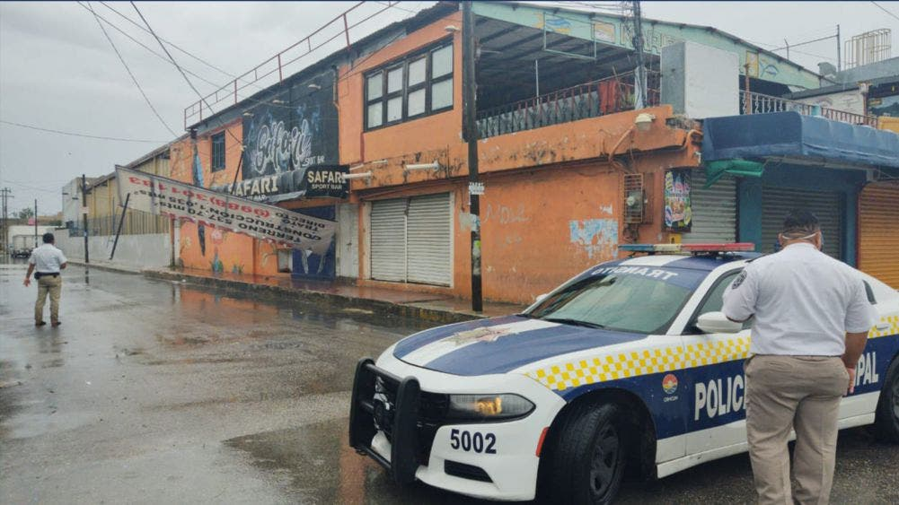 """Deja """"Cristobal"""" daños por lluvias en Cancún"""