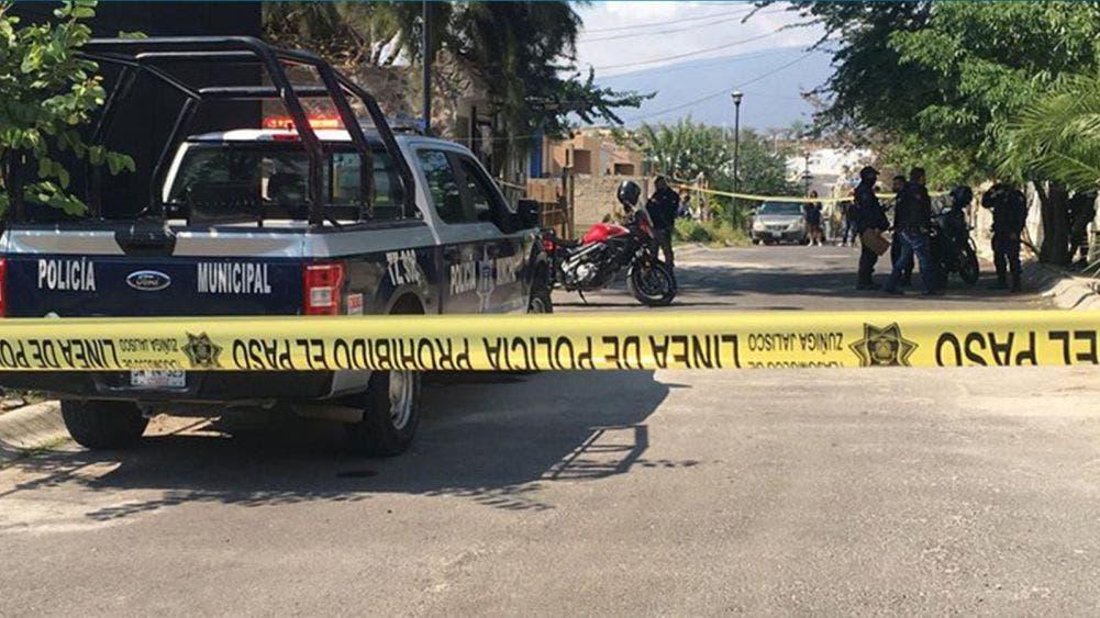 Localizan fosa clandestina con restos humanos en finca de Jalisco