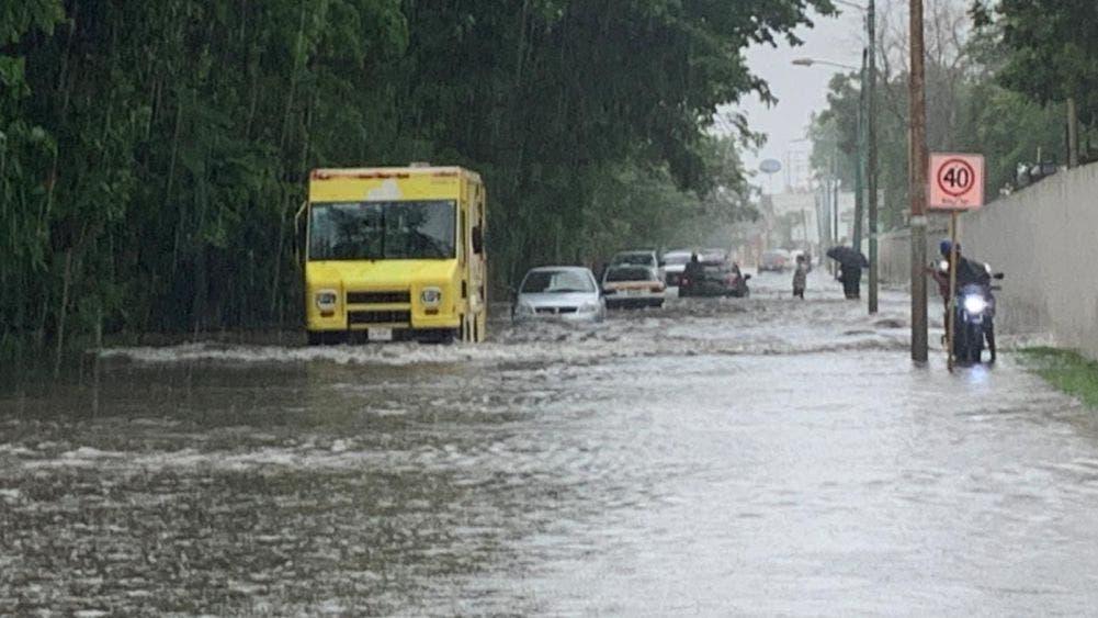 Lluvias torrenciales Inundan varios sectores de Chetumal