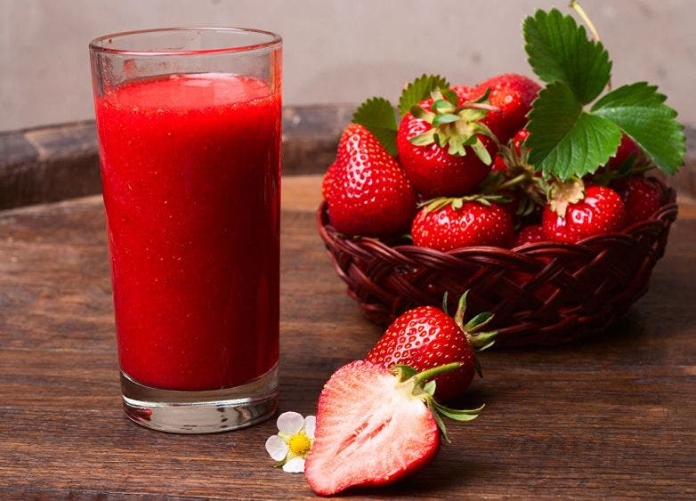 Jugo de fresa para desintoxicarte todos los días