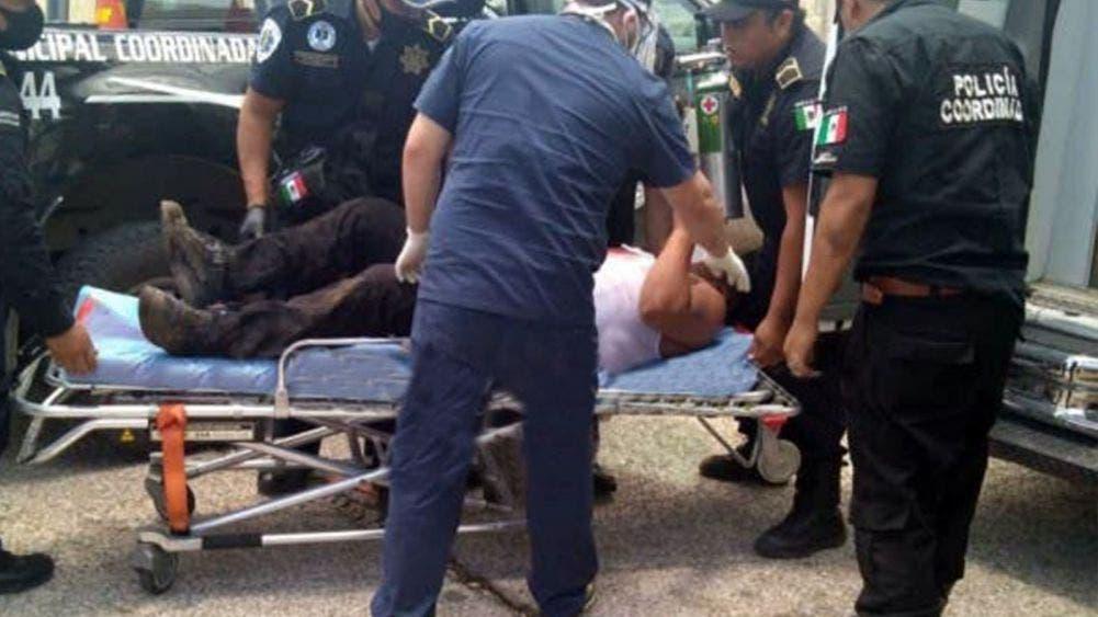Ebrio acuchilla a dos policías en Dzilam González