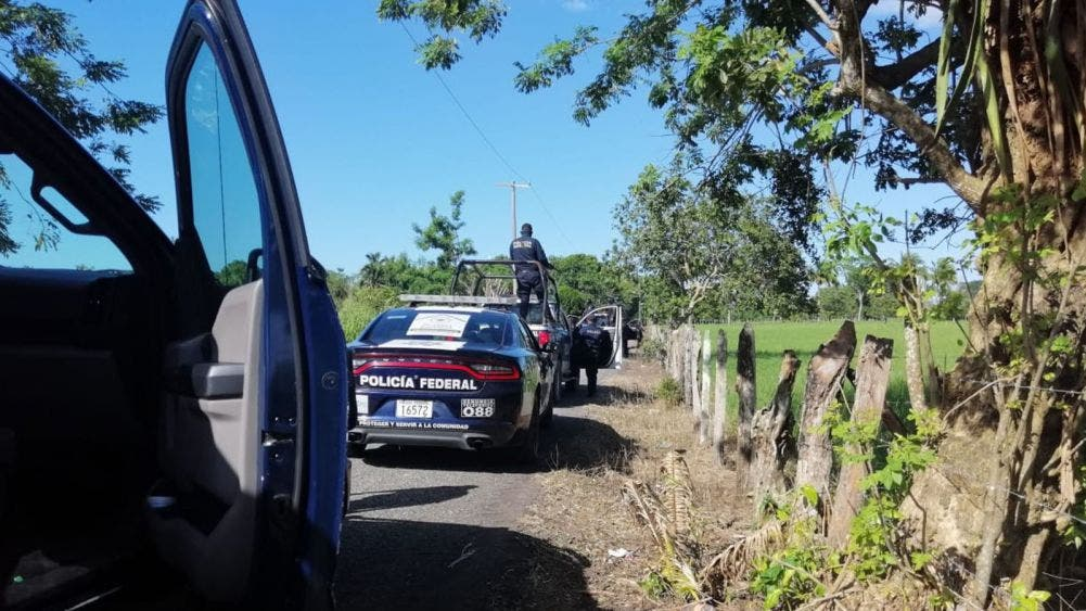 Ejecutan huachicoleros a 4 policías en Tabasco