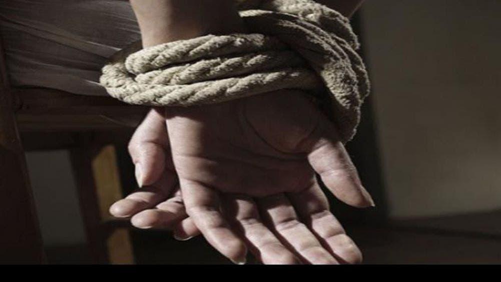 Escapa de sus secuestradores hija de exgobernador
