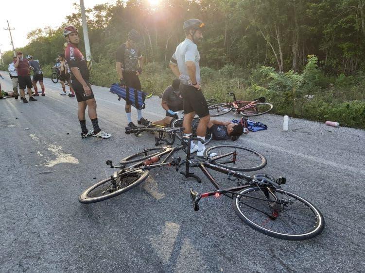 Fallece un ciclista en trágico accidente en la avenida Huayacán.