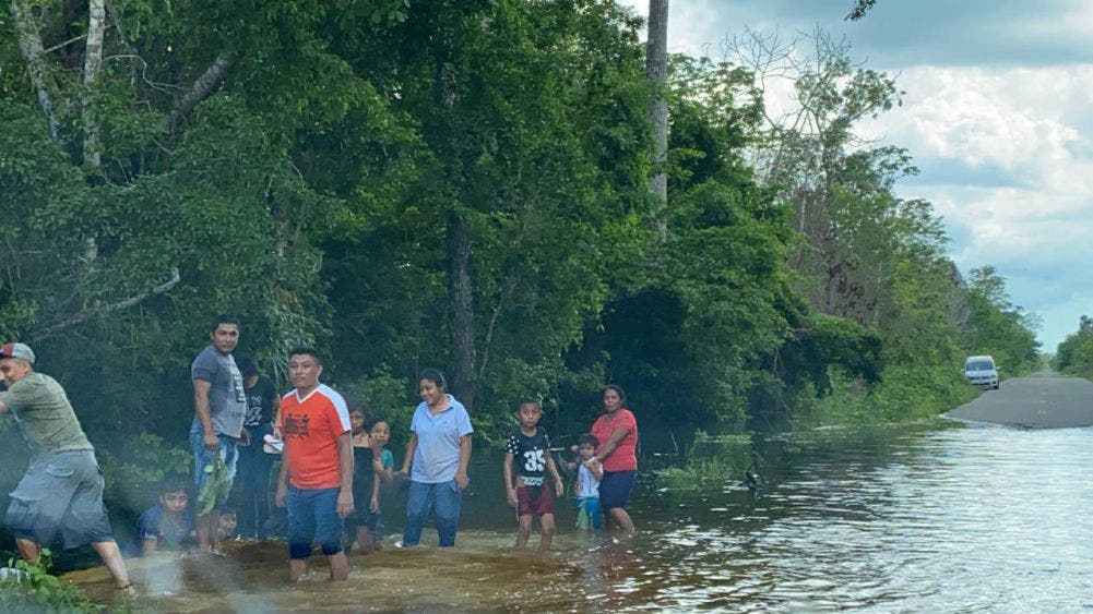 Lluvias no dan tregua a comunidades de Felipe Carrillo Puerto.