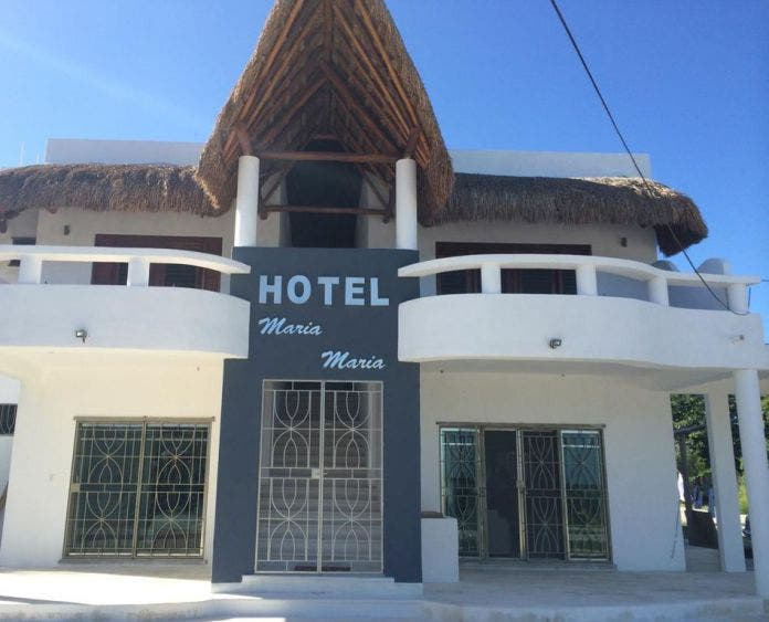 Prevén despidos masivos de trabajadores en hoteles de Bacalar.
