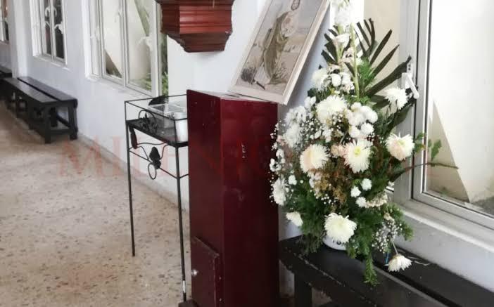 Roban de nueva cuenta la iglesia Sagrado Corazón en Cozumel; se llevan las limosnas y equipo de cómputo del vehículo del padre.