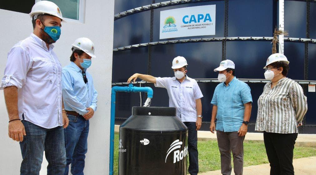 Inaugura Carlos Joaquín obras en red de agua potable de Tulum