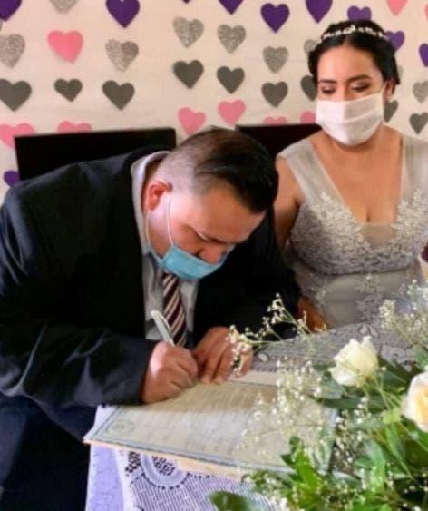 Reanudan celebración de bodas por lo civil en Quintana Roo.