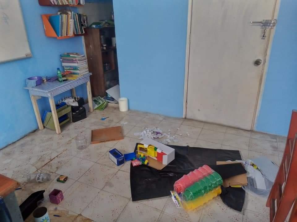Continúan los robos a los planteles educativos en Cozumel.