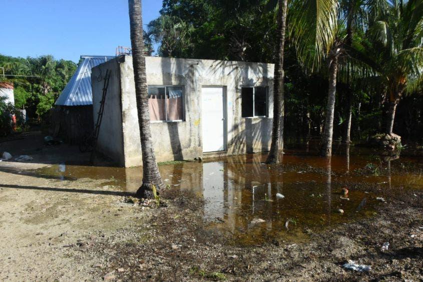 Instalan centro de acopio para familias afectadas por lluvias en FCP; hay decenas de afectados por las recientes inundaciones en Zona Maya.