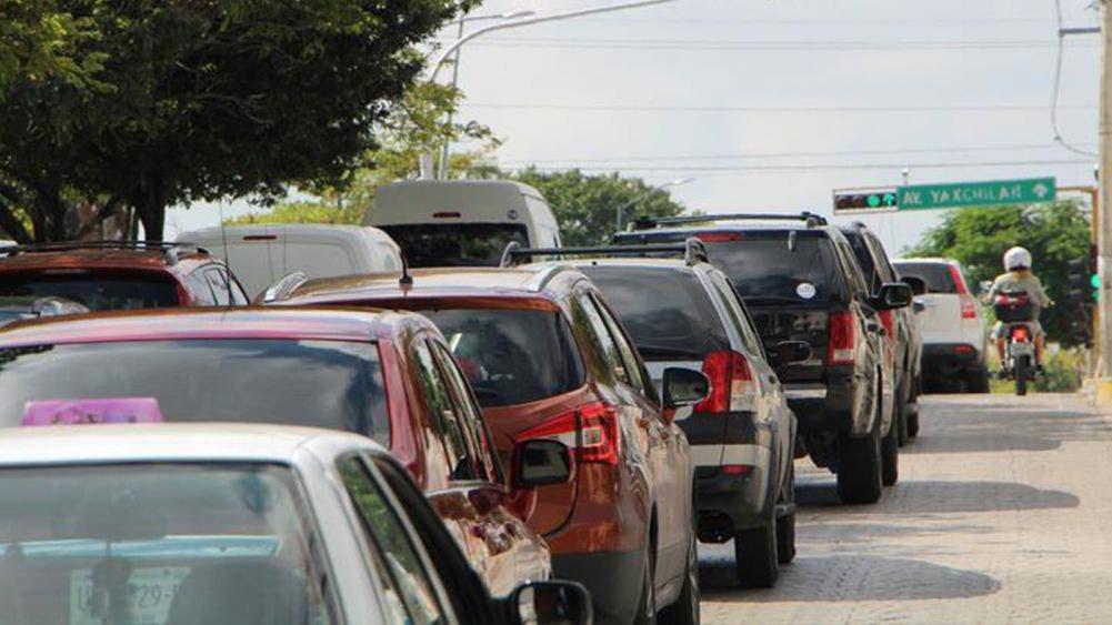 Saturan cancunenses zona hotelera en inicio de nueva normalidad