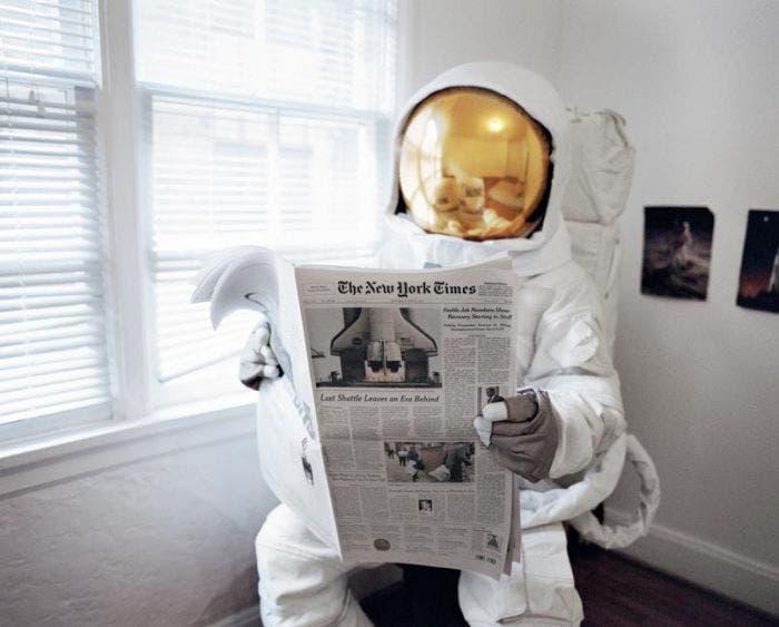 El reto es lograr un dispositivo donde los astronautas puedan evacuar pese a la gravedad lunar