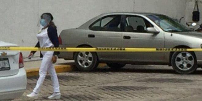 Adulto mayor fallece por 'Covid-19' en estacionamiento del IMSS de Mérida