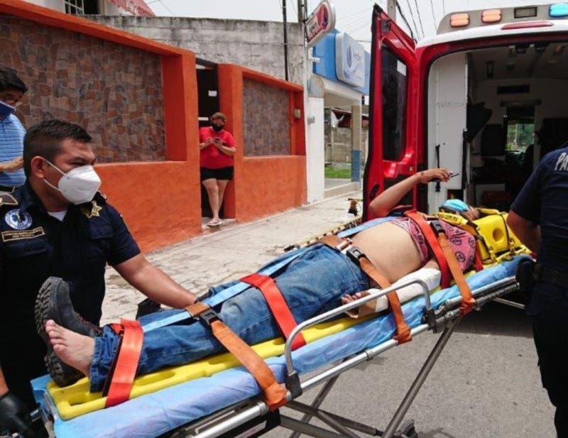 Mérida: Trabajador cae de 4 metros de altura cuando instalaba un servicio