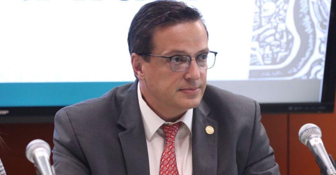 Reta el diputado Luis Alegre a Carlos Hernández a debatir sobre turismo.