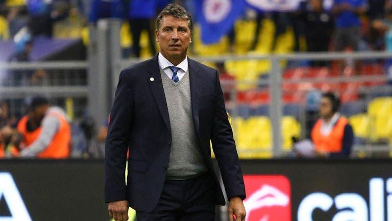 Técnico de Cruz Azul reconoce que no deberían jugar la Copa por México