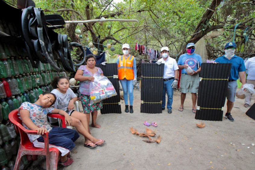 """Se reparará el tramo carretero Tulum-Punta Allen afectado por las lluvias: Víctor Mas, denominado """"Paso Lagarto"""", afectado por el oleaje"""