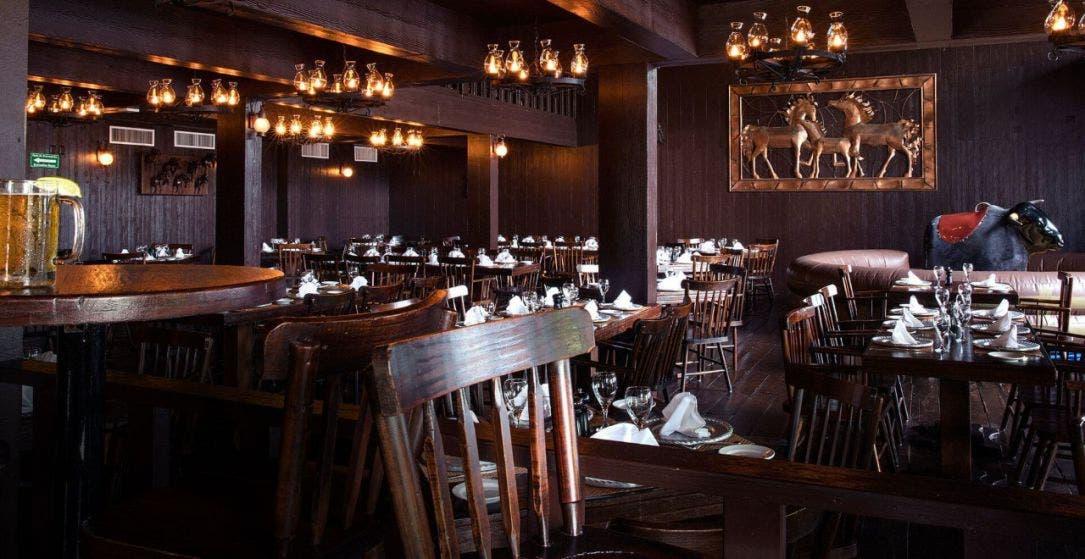 Restaurantes-Bar podrán obtener permiso provisional para operar.