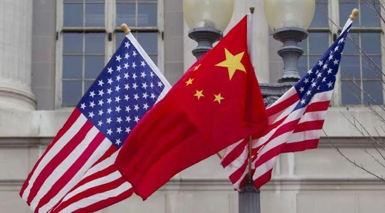 China tomaría represalias contra EU por cierre de consulado.