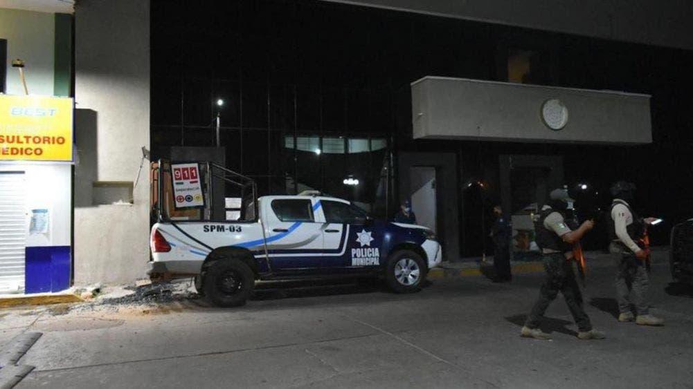 Atacan a balazos comandancia de policía en Veracruz; dos heridos