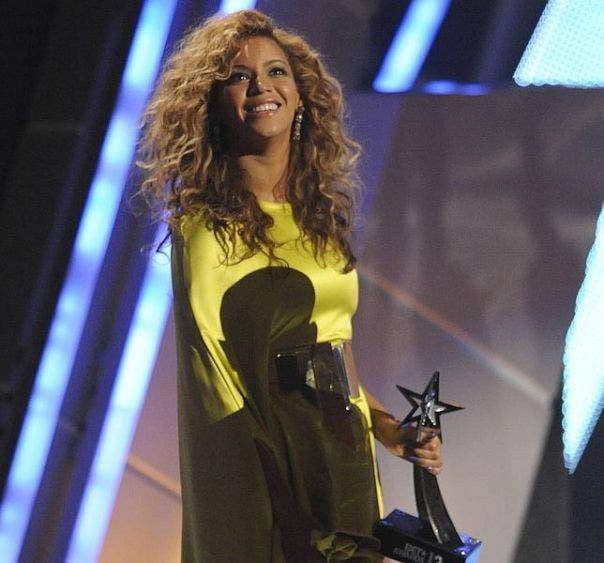 """Beyoncé pide a ciudadanos de EE.UU votar: """"Como si nuestra vida dependiera de ello"""""""