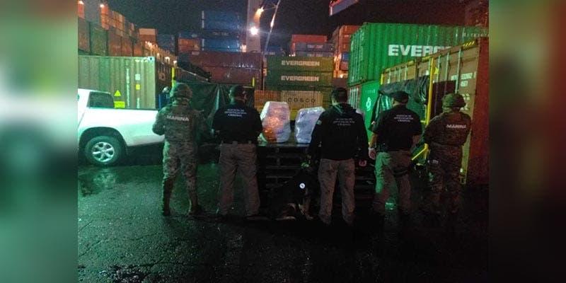 Aseguran cargamento de droga en barco con bandera de Hong Kong