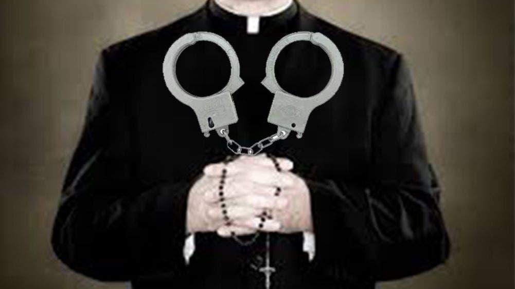 Detienen a sacerdote violador en Morelia