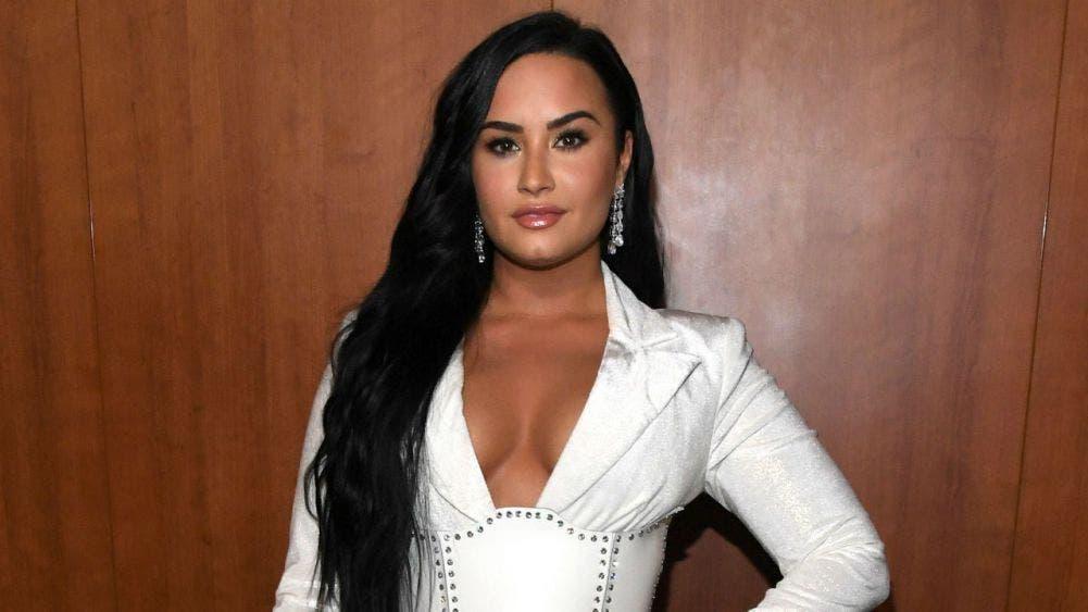 Demi Lovato anuncia su compromiso en matrimonio con Max Ehrich
