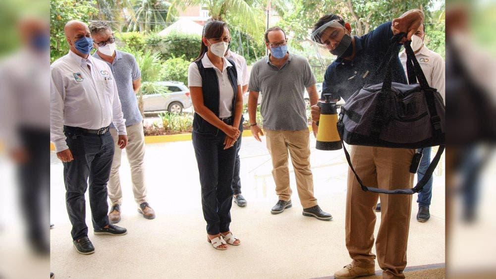 Constata Laura Fernández protocolos sanitarios en hoteles de Puerto Morelos