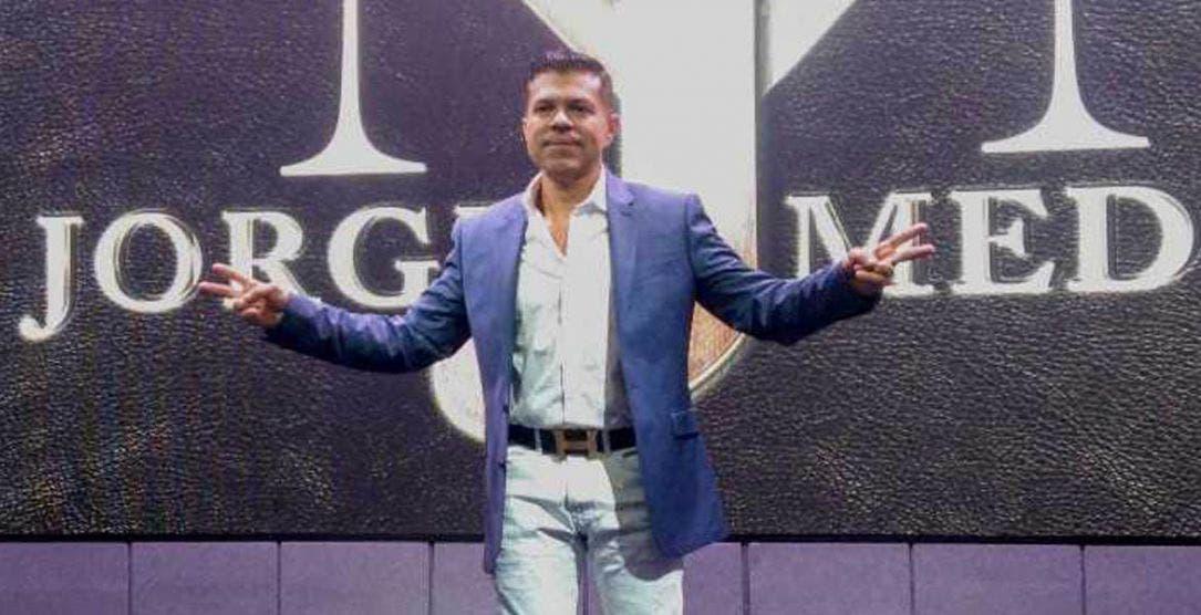 Ex vocalista de la Arrolladora Banda El Limón a repartidor de Uber Eats