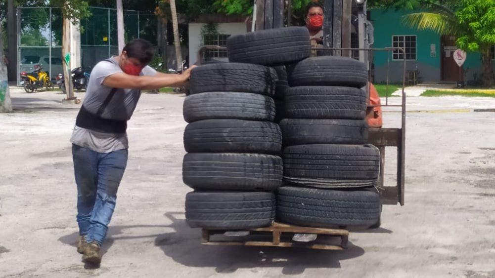 Retiran más de 30 toneladas de llantas de Cozumel