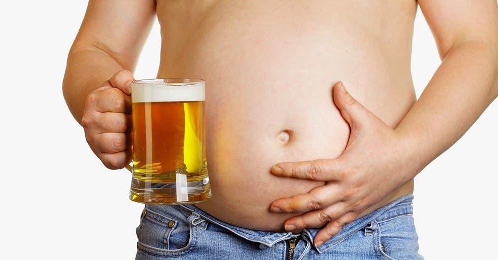 Estudio reveló la causa original de la panza chelera.- El sabor gaseoso y amargo de la cerveza es sin duda uno de los más ricos