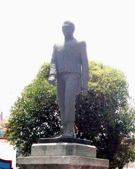 Cancelan 173 aniversario del inicio de la Guerra de Castas; solamente se colocará una ofrenda en el monumento al caudillo maya Jacinto Pat.