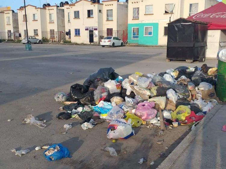Líder sindical en desacuerdo que trabajadores municipales recolecten basura.