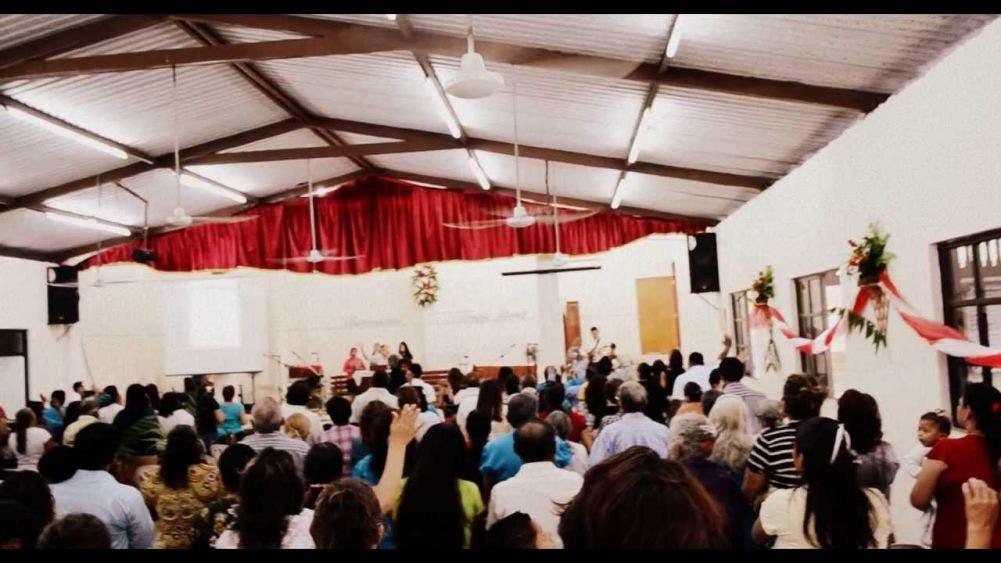 Denuncian reuniones de grupos religiosos sin medidas de sanidad; en templos se están violando las disposiciones de las autoridades.
