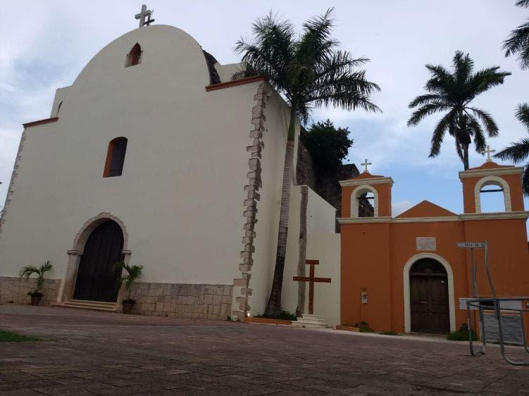 Suspende ceremonias religiosas la parroquia de la Santa Cruz.