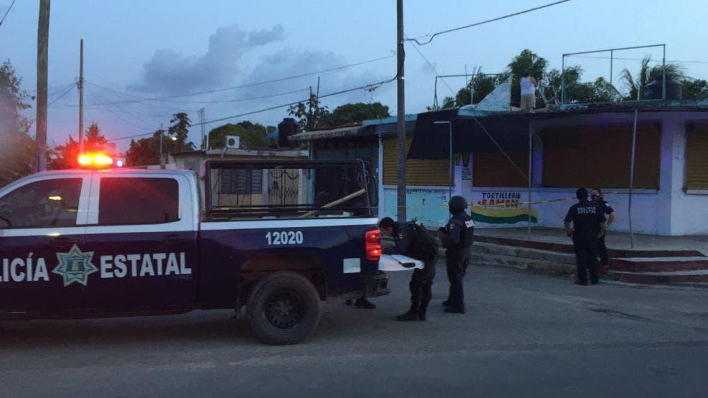 En Chetumal balean casa de supuesto agente preventivo.