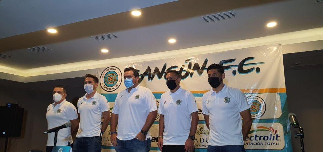Se presenta la directiva y cuerpo técnico del Cancún FC